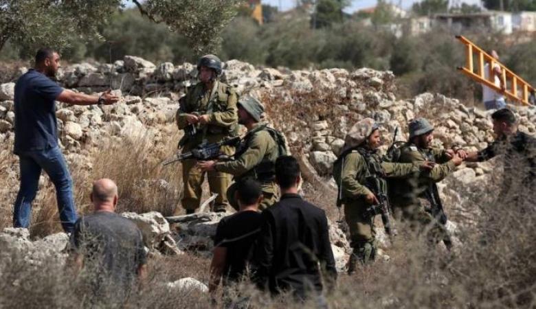 الاحتلال يمنع دخول المواطنين الى اراضيهم في بورين
