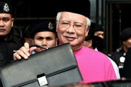 العثور على 72 حقيبة محشوة بالأموال والمجوهرات في منزل رئيس وزراء ماليزيا