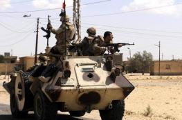 """مقتل """"3"""" جنود مصريين في استهداف مدرعة  بسيناء"""