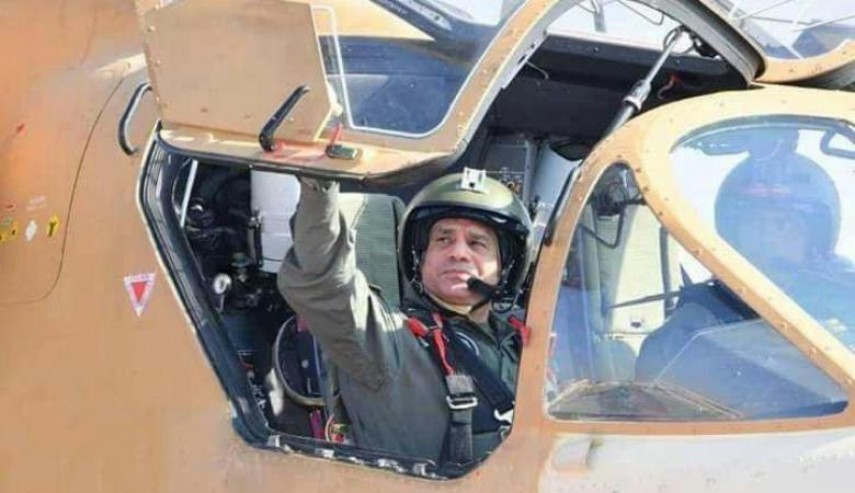 """مصر تكشف عن اخطر اسلحتها والسيسي يظهر داخل """"التمساح """""""
