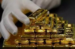 الذهب ينهار وينخفض لأقل سعر له منذ اسبوعين