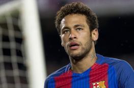 """جماهير برشلونة تصف نيمار بـ""""الخائن"""" وتدعو لقتله خلال مباراة ودية"""