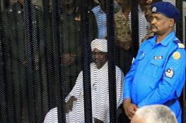 """صحيفة تكشف عن معلومات حول ملايين """"ابن سلمان وزعماء عرب"""" المختفية من خزائن حكومة البشير"""