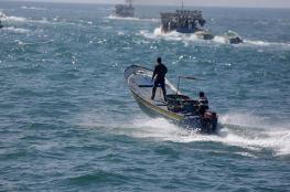 24 اصابة بقمع الاحتلال لمسيرة بحرية في غزة