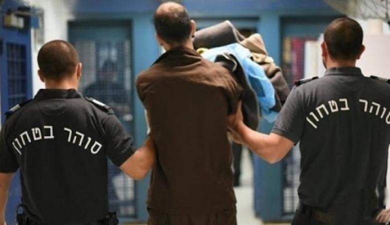 الحكم على أسير من قلقيلية بالسجن 28 عاما وتعويضات بـ175 ألف شيقل