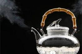 مخاطر غلي الماء مرتين لإعداد الشاي والقهوة