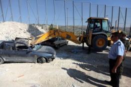 """الشرطة تطلق مبادرة """"لا للمركبات غير القانونية"""" في رام الله"""