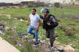 """الاحتلال يعتقل 4 مواطنين بينهم مصابان في مواجهات قرب """"عوفر"""""""