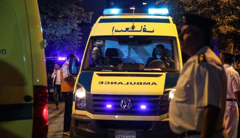 مصرع 5 وإصابة 11 في حادث تصادم سيارات في صعيد مصر