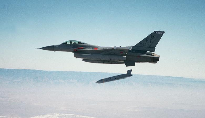 أميركا استخدمت صاروخاً ثمنه 1.4 مليون دولار في قصفها على سوريا