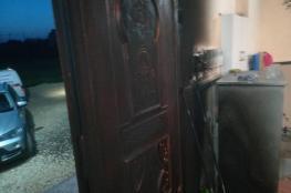 مستوطنون يحرقون مسجداً في عقربا قرب نابلس