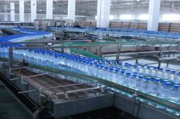 اعتقال صاحب مصنع مياه بعد اكتشاف ان منتجه غير صالح للاستخدام البشري