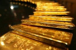 الذهب يواصل الهبوط في ظل ارتفاع للدولار