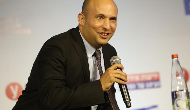 """وزير الجيش الاسرائيلي عن كورونا : """"نخوض حرب بيولوجية """""""