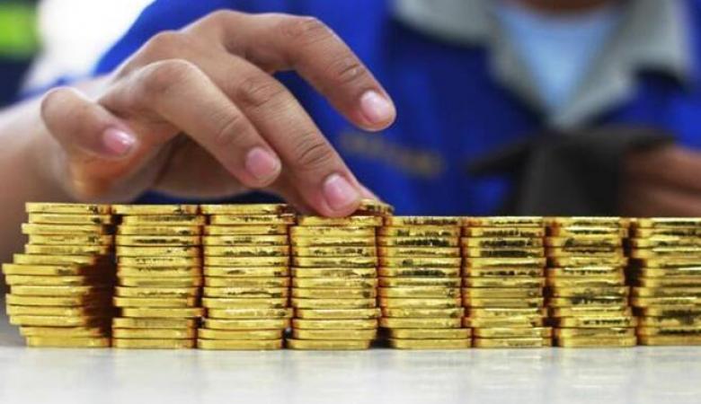 أسعار الذهب تحلق عالياً.. نبيع ام نشتري ؟