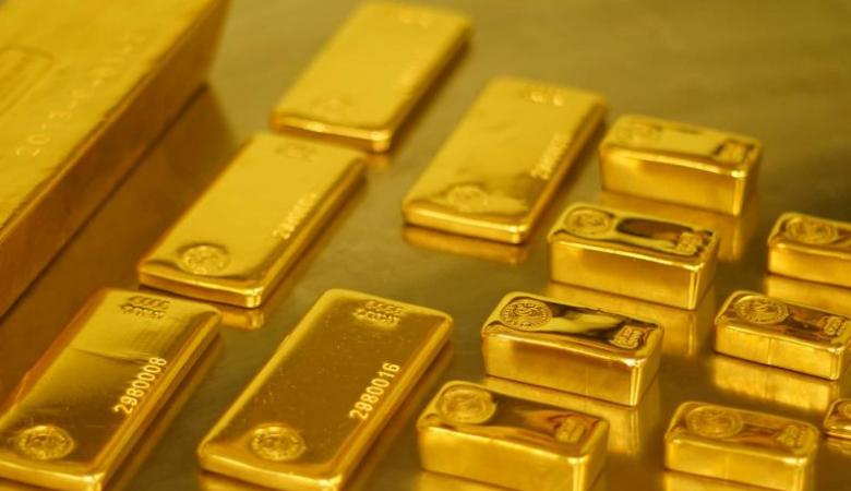 اسعار الذهب ترتفع في اعقاب انهيار الدولار