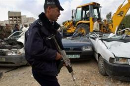 اصابة 3 من افراد الشرطة بعد دهسهم من قبل مركبة غير قانونية في طولكرم