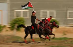 مسيرة خيول في غزة نصرة للمسجد الأقصى