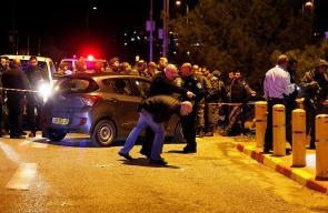 اصابة 6 اسرائيليين بعملية اطلاق نار في عوفرا شرق رام الله