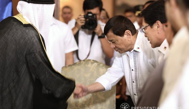 الكويت : الفلبينيون يعيشون حياة كريمة في بلادنا