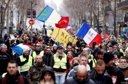 الرئيس الفرنسي يدرس حظر الاحتجاجات في ساحة الشانزليزيه