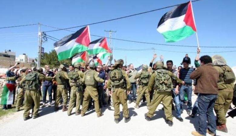 الاحتلال يقمع مسيرة سلمية في بلدة نعلين برام الله