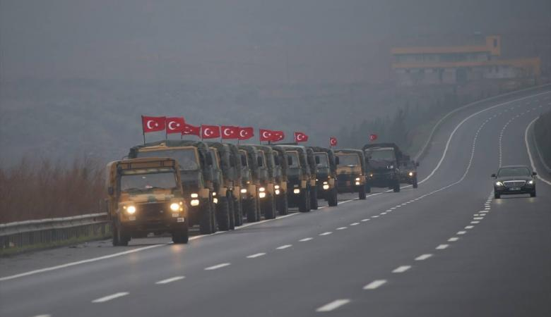 وزير الدفاع التركي يتوعد الاكراد : سندفنكم في الحفر التي حفرتموها بسوريا