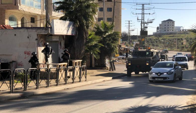"""الاحتلال يقتحم حي المصيون برام الله """"فيديو """""""