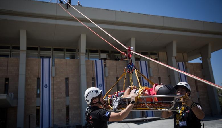 اسرائيل تجهز خطة بالملايين لمواجهة خطر الزلازل والصواريخ