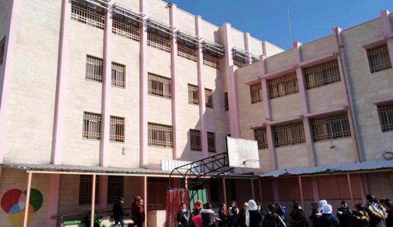 """الأولى من نوعها على مستوى الوطن: مشروع بناء قاعة متطورة في مدرسة """"بنات رياض الأقصى"""" بالقدس"""