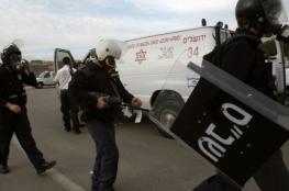 """نادي الأسير: قوات القمع تقتحم قسم (7) في سجن """"ريمون"""""""