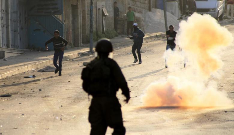 إصابة العشرات بالاختناق في مواجهات مع الاحتلال شمال طولكرم