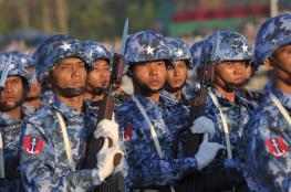 """""""هآرتس"""": إسرائيل تسلح مجرمي الحرب في بورما"""