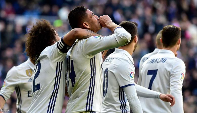 ريال مدريد يعادل رقم برشلونة التاريخي