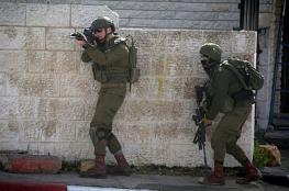 الضفة الغربية : الاحتلال اعتقل 12 مواطناً فجر اليوم