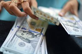 الدولار يتراجع ويهبط عن اعلى سعر له مقابل الشيقل منذ عامين