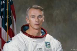 وفاة آخر انسان مشى على سطح القمر