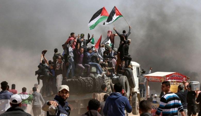 شهيدان وعشرات الجرحى في قمع الاحتلال لمسيرات العودة بغزة