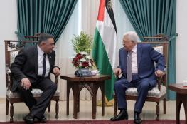 الرئيس يلتقي بالوفد الامني المصري برام الله