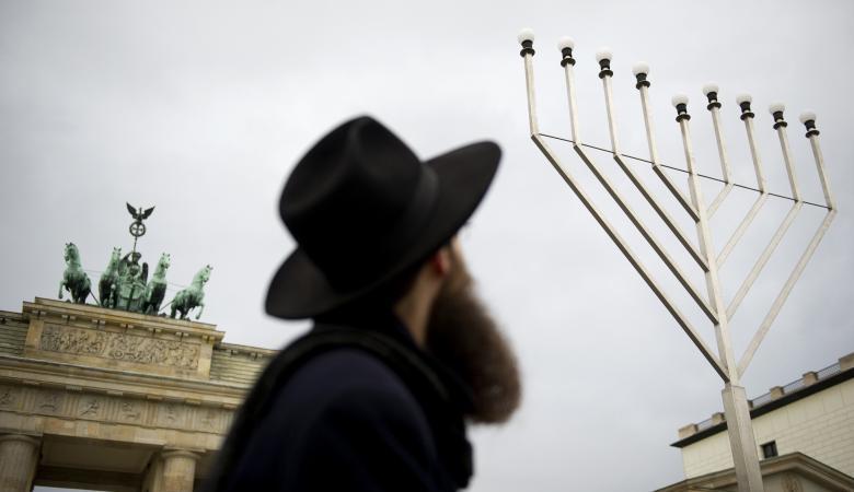 الكشف عن كنيس يهودي سري  في امارة دبي الاماراتية