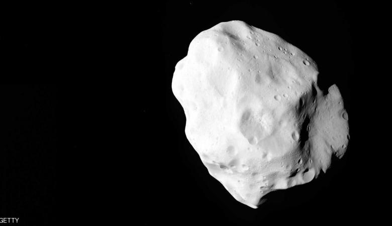 الأرض على موعد غداً لمرور كويكب بمحاذاته ويمكن مشاهدته بالعين المجردة في هذه المناطق