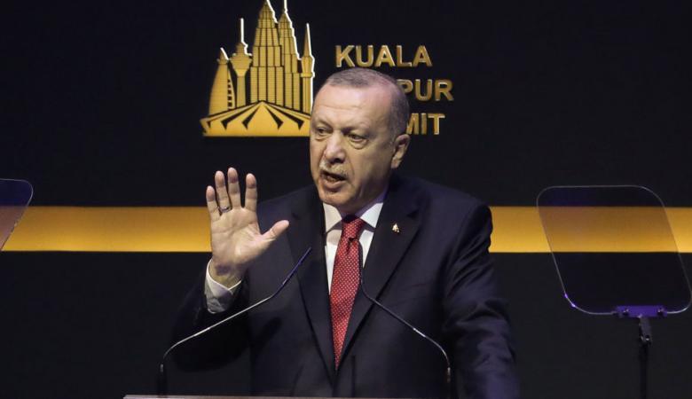 أردوغان: بدأت انتهاكات الهدنة في إدلب ويلّوح بعمليات عسكرية أخرى