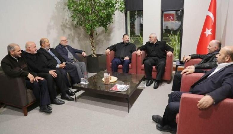 هنية يلتقي قيادات حماس في تركيا