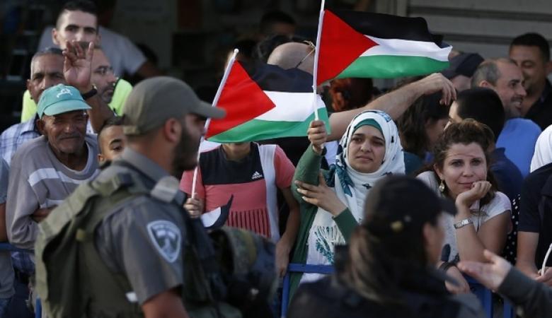 """الكشف عن اعداد الفلسطينين في نهاية  العام """" 2016 """""""