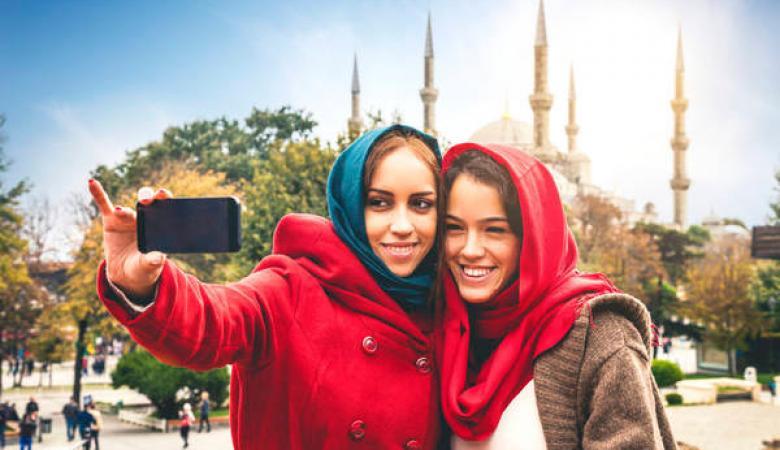 احصائية : المسلمون هم الأصغر سنا في العالم