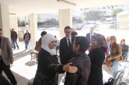 بنك فلسطين يتبرع بعشرة كراسي كهربائية لاشخاص من ذوي الاحتياجات الخاصة برام الله