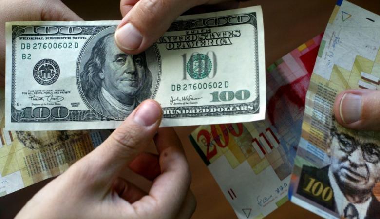 الدولار قرب أعلى مستوى أمام الشيكل في ثلاثة شهور
