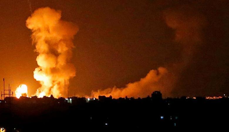 طيران الاحتلال يقصف هدفا لحماس في غزة