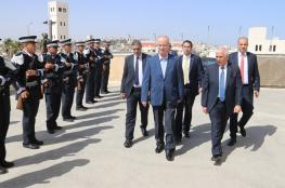 رئيس الوزراء يفتتح أقساماً جديدة في مسستشفى الخليل الحكومي
