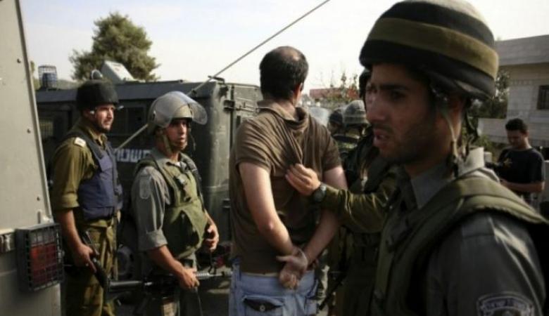 الاحتلال يعتقل 3 مواطنين من الخليل أحدهم من ذوي الاحتياجات الخاصة